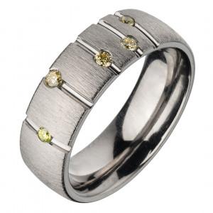 Кольцо из титана с бриллиантами