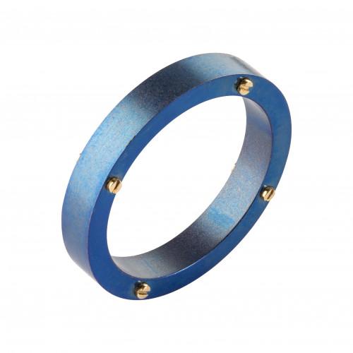 Кольцо из анодированного титана с золотыми винтами и бриллиантами