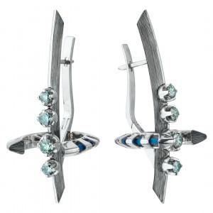 Серьги из белого золота и титана с голубыми бриллиантами